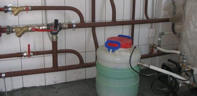 Заполняем систему отопления дома антифризом