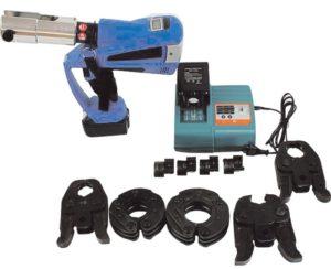 Аккумуляторный пресс для фитингов электрогидравлический