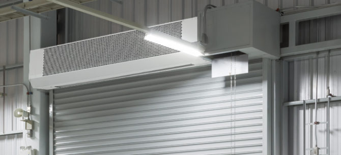 Тепловая завеса над воротами гаража