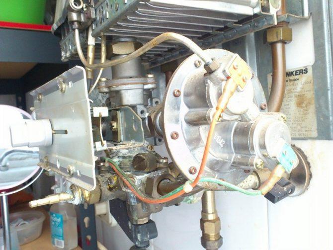 Узел водяной для газового водонагревателя